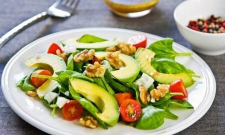 Maaltijdsalade blijkt  niet altijd gezond